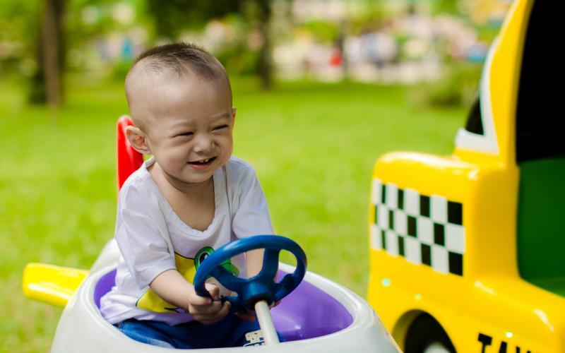 Elektromobiliai vaikams
